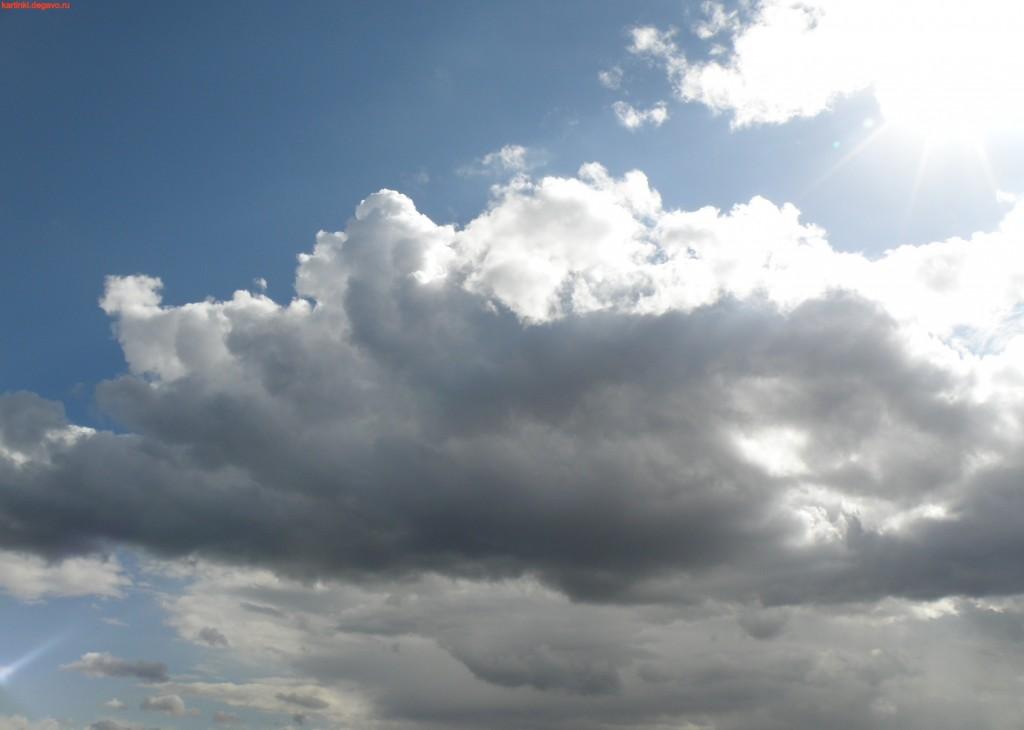 белые облака много